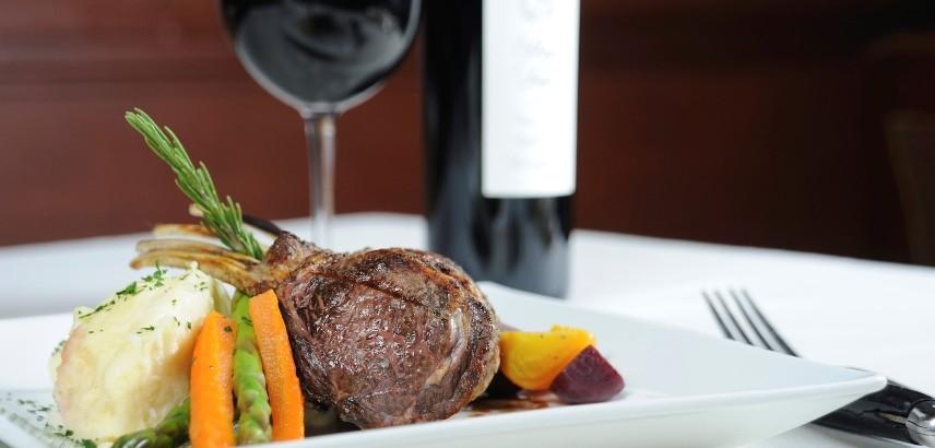 rRed-Wine-and-Lamb